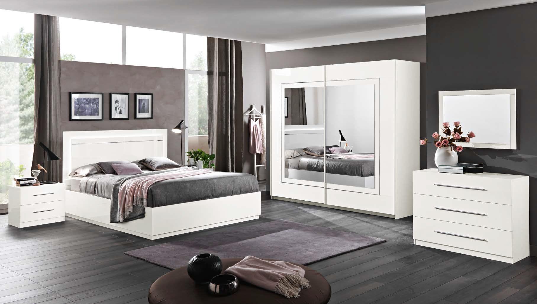 Mobilificio lm arredamento soggiorni e camere da letto for Mobilifici pesaro